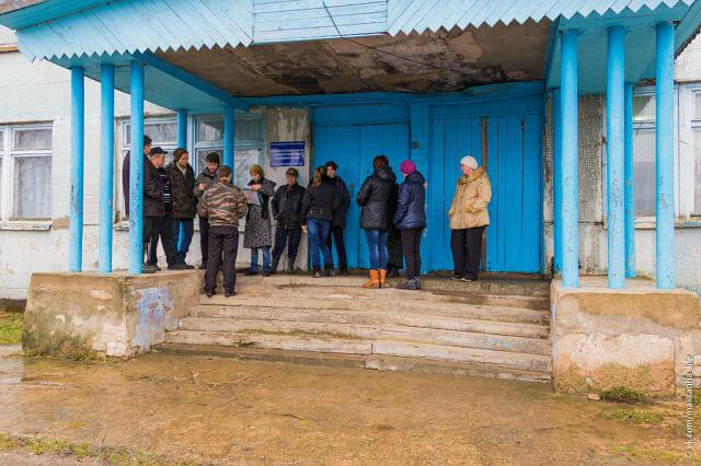 Закрыть, нельзя оставить - Кострецкая школа закрывается, однако местные жители не намерены мириться с произволом чиновников