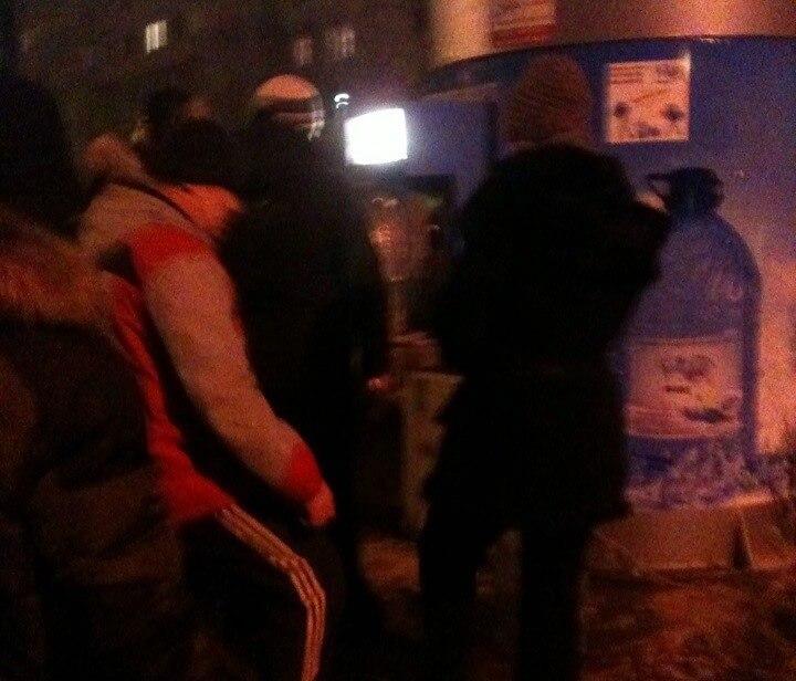 """Вслед за холодной водой из-под крана, в Твери пропадает """"холодная"""" вода из магазинов"""