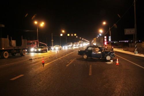 фото В лобовом столкновении двух автомобилей под Тверью пострадал человек
