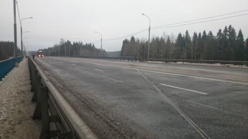 фото В Тверской области на федеральной трассе М-10 «Россия» отремонтировано еще два мостовых сооружения