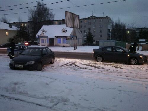 фото Во Ржеве иномарка наехала на пешехода
