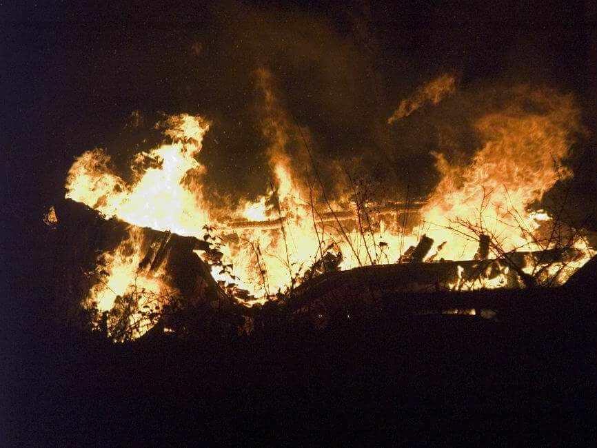 В Оленинском районе на пожаре погибла женщина с двумя детьми