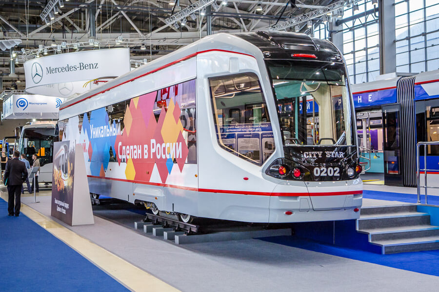 Единственный в мире односекционный четырехосный низкопольный трамвай запущен в производство на мощностях ТВЗ