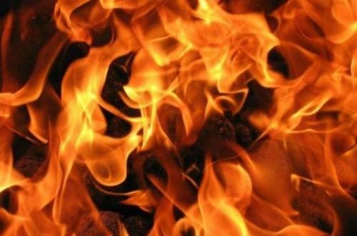 фото На пожаре в Лихославле пострадал человек