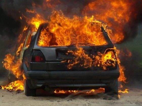 В ночь на 30 января в Твери и во Ржеве сгорели 2 автомобиля