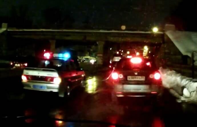 Причиной локального транспортного апокалипсиса в Твери стал эвакуатор