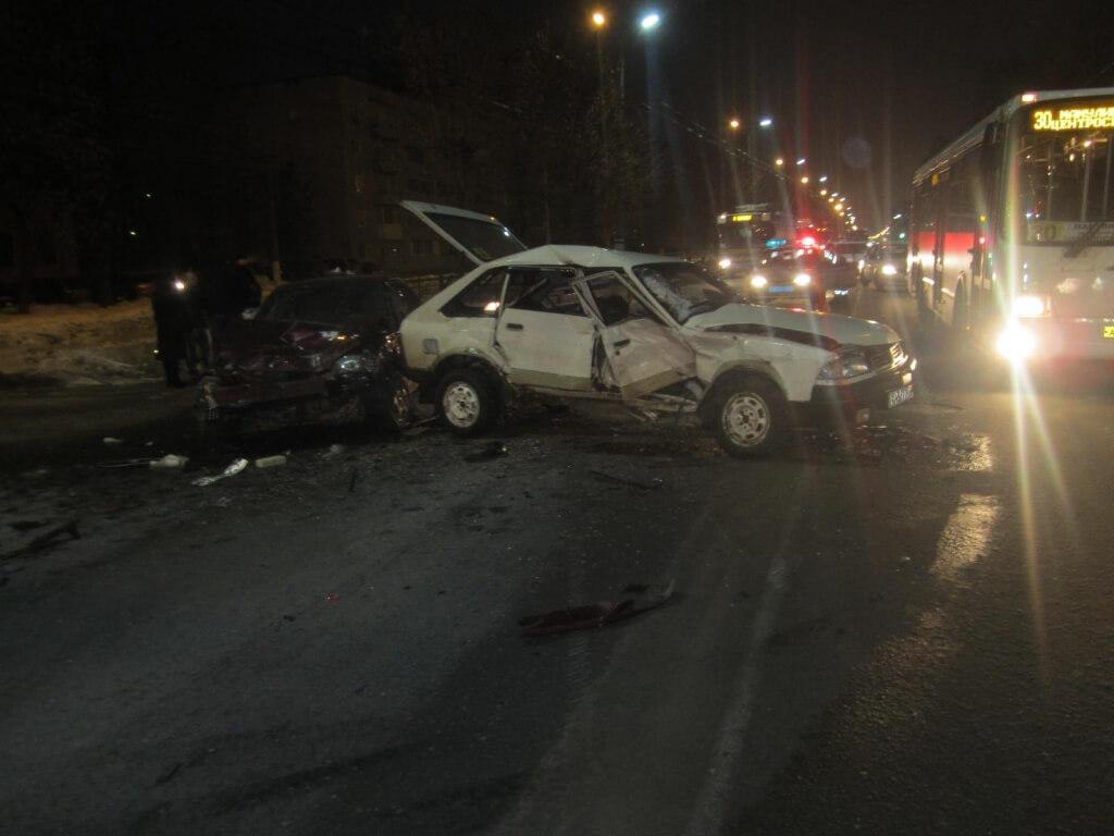 4 февраля на территории Тверской области в ДТП пострадали 4 человека