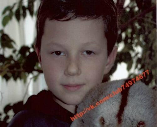 фото Максиму Гусеву необходима помощь в лечении от нейрофиброматоза