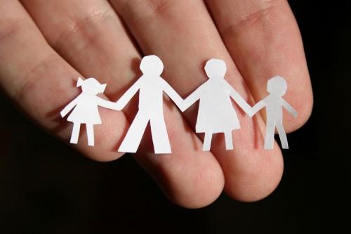 """фото Благотворительный фонд """"Константа"""" призывает неравнодушных граждан присоединиться к благотворительному проекту """"Ребенок в семье"""""""
