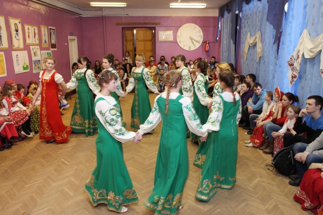 В Медновской школе-интернате прошел Русский фольклорный праздник