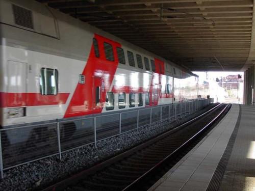 фото Двухэтажный поезд производства ТВЗ вышел в первый рейс