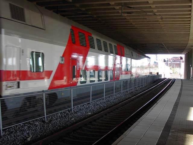 Двухэтажный поезд производства ТВЗ вышел в первый рейс