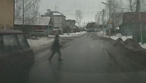фото В Твери автомобиль сбил ребенка