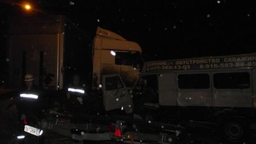 фото В Конаковском районе столкнулись 3 автомобиля. Есть пострадавшие