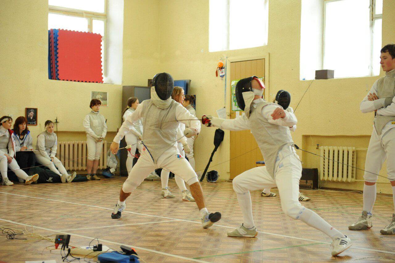 В областном центре пройдет открытый турнир по фехтованию на рапирах