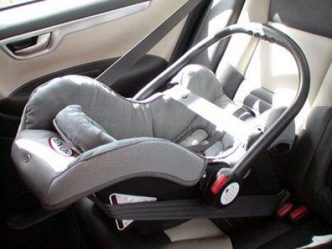 фото Автокресло - важный атрибут при перевозке ребенка в автомобиле