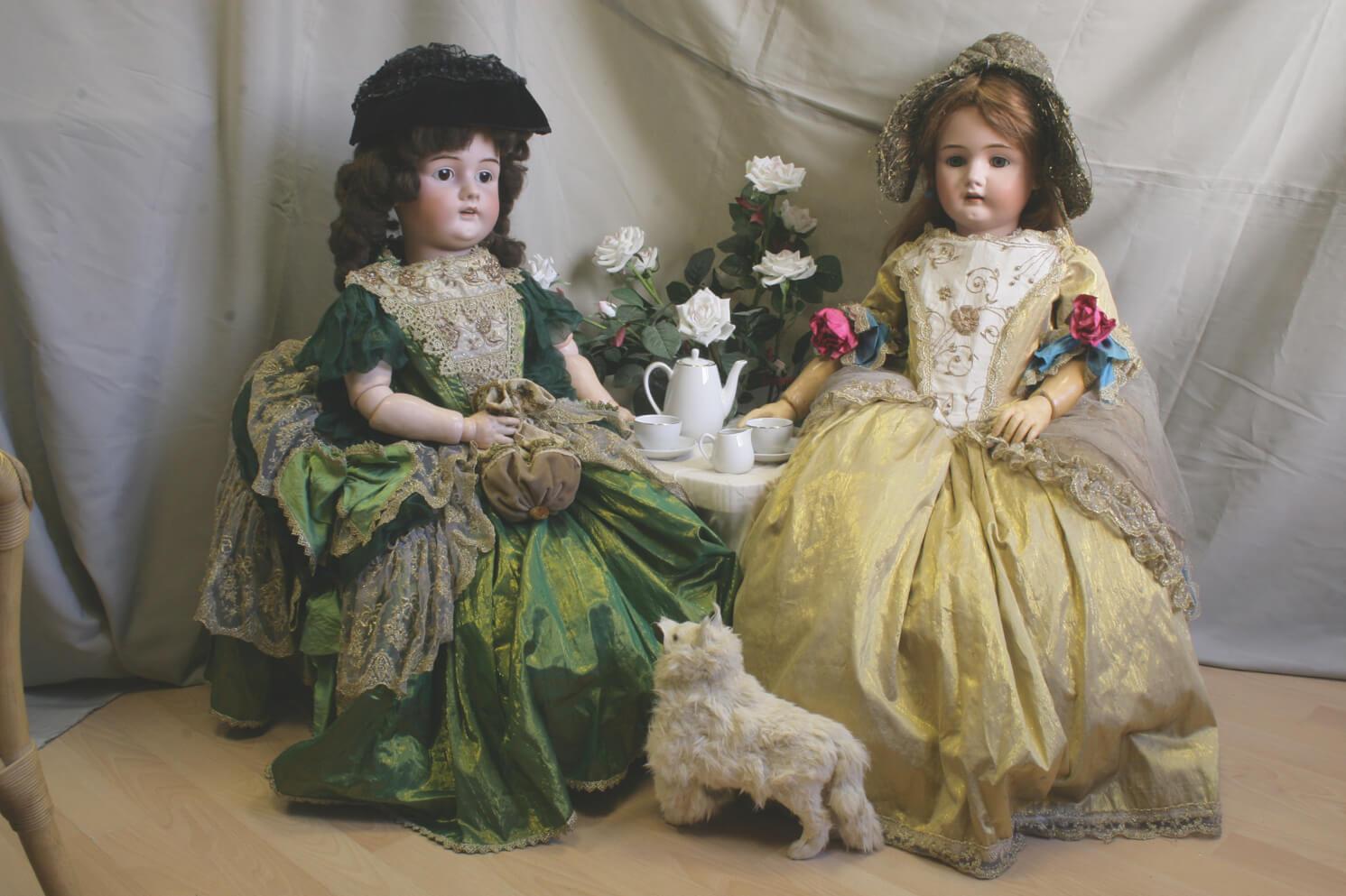 """Тверичей приглашают на выставку """"Удивительный мир старинных кукол"""""""