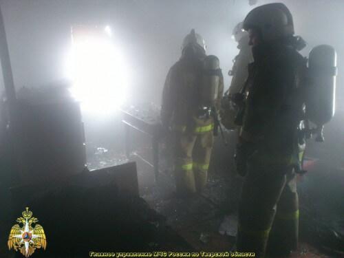 фото В результате пожара на пилораме в Твери пострадал человек