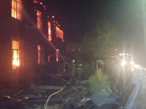 фото В Бологое огнем уничтожен 2-этажный дом