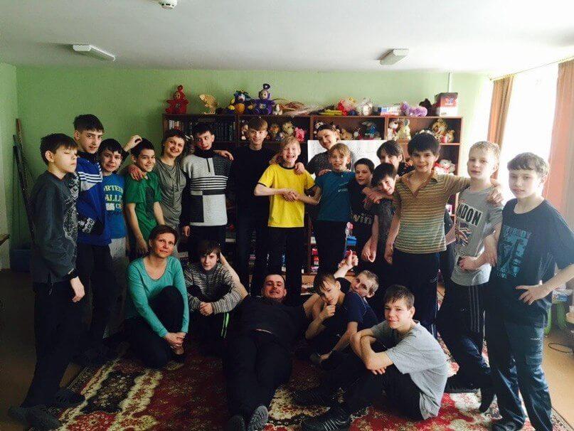 Волонтеры посетили Вышневолоцкую школу-интернат