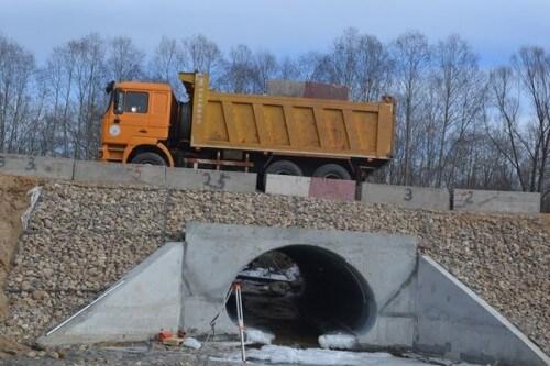 фото В Конаковском районе проведены предпусковые испытания моста через реку Инюха