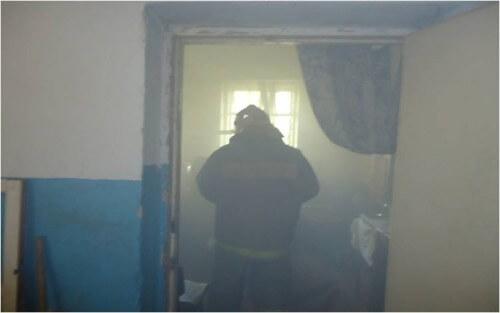 фото На пожаре в Бежецке пострадал человек