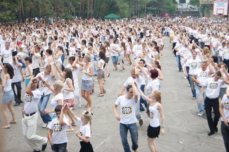 Тверские танцоры планируют провести самый массовый флешмоб по латиноамериканским танцам