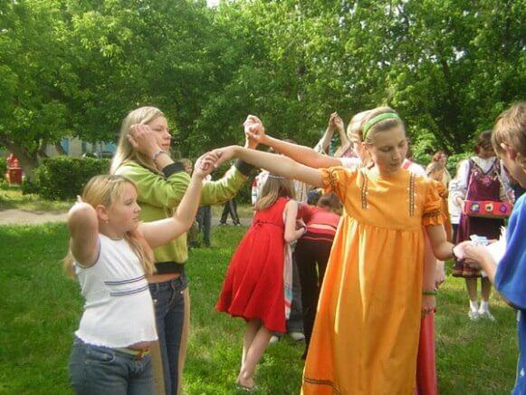 """В Твери пройдет детская фольклорно-познавательная игра """"Здравствуй, лето!"""""""