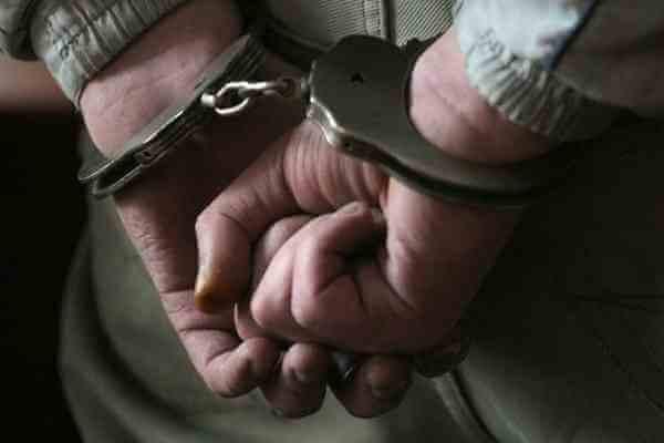 В Бологовском районе раскрыт грабеж в отношении пенсионера