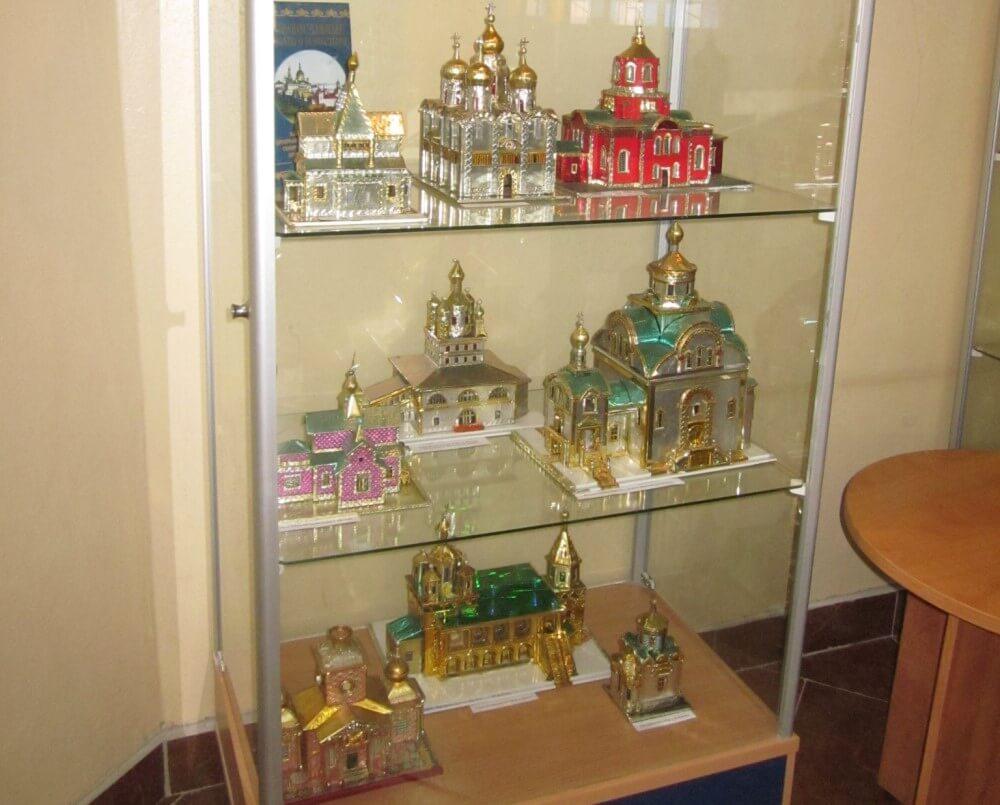 В Твери работает уникальная выставка макетов храмов