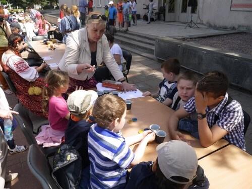 """фото В Твери прошла детская игровая программа """"Здравствуй, лето!"""""""