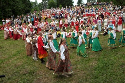 фото Тверичей приглашают на праздник в старорусском стиле