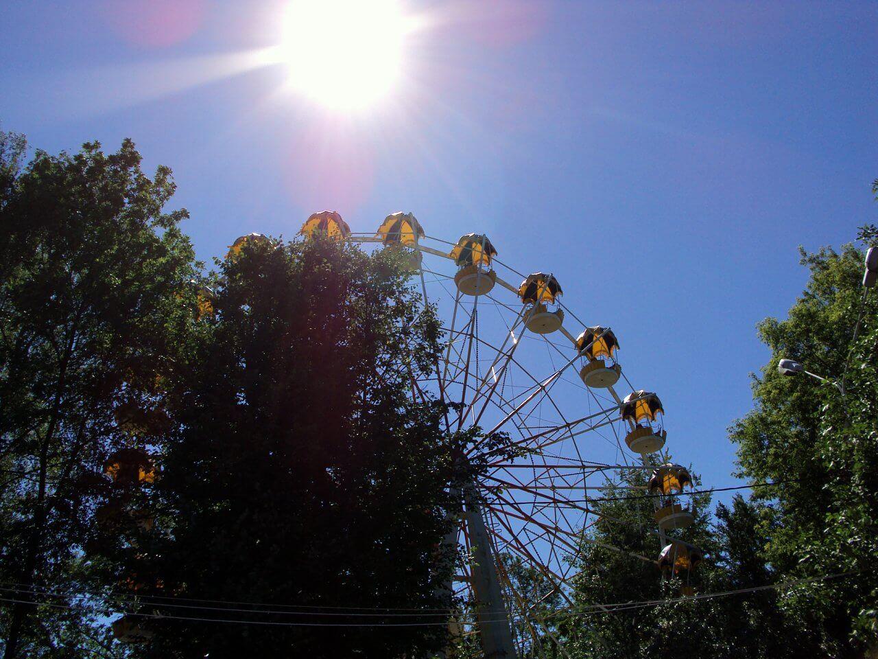 В Твери в Городском саду карусели будут работать в ночное время