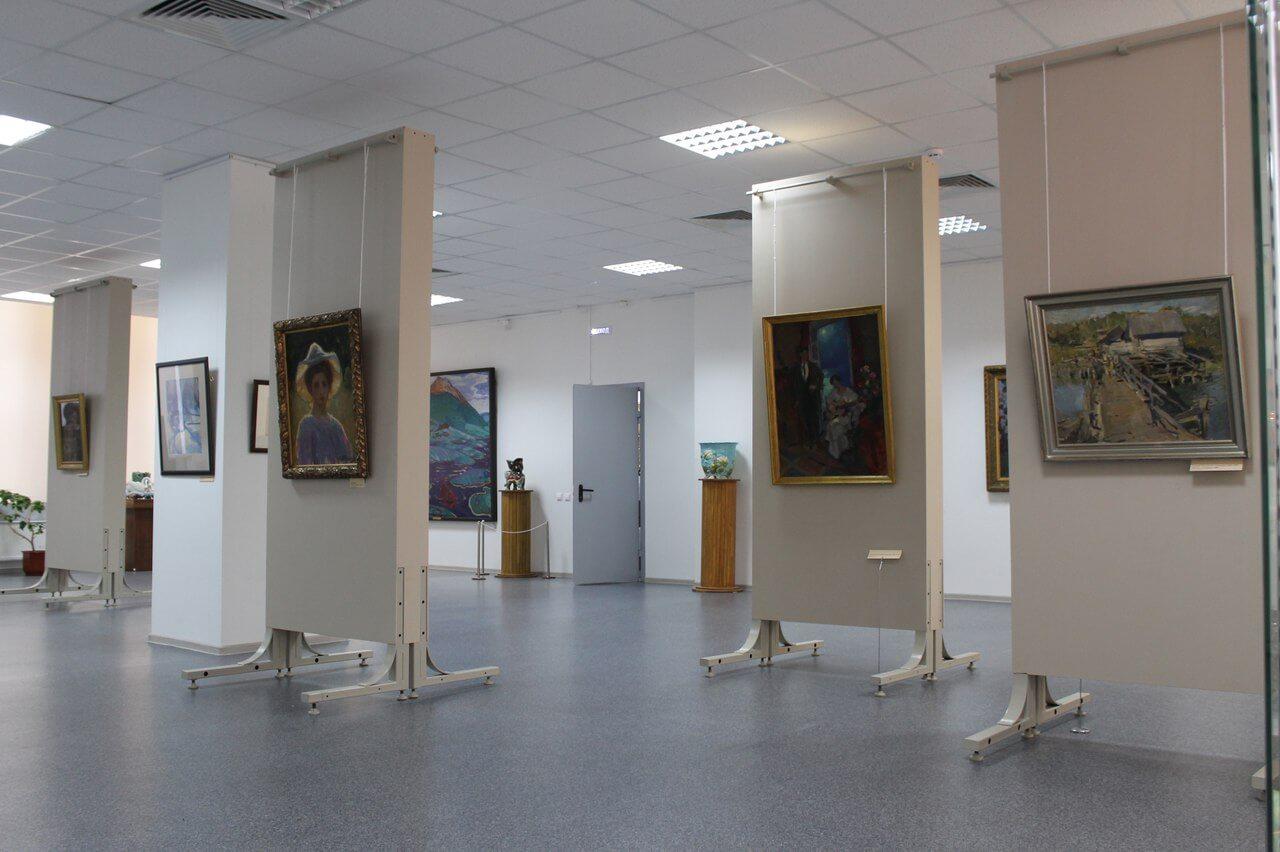 """Тверская картинная галерея проводит акцию """"Летний день в музее"""""""