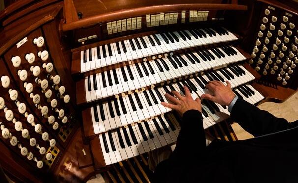 """Тверская филармония приглашает на концерт """"Орган и фортепиано"""""""
