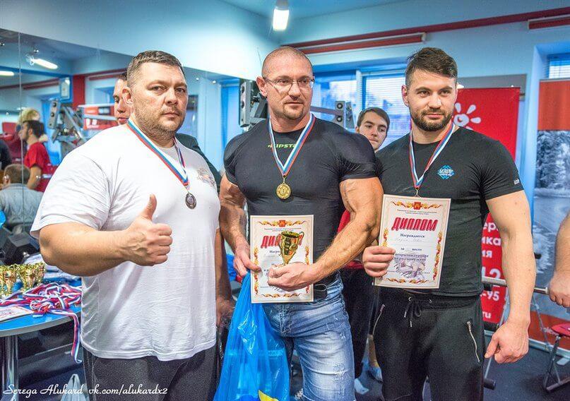 В Твери прошел открытый мастерский турнир по русскому жиму
