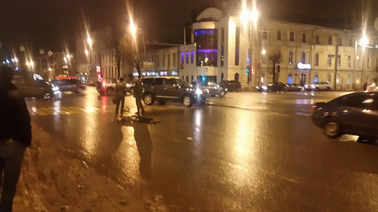 В Твери водитель маршрутки насмерть сбил женщину на пешеходном переходе