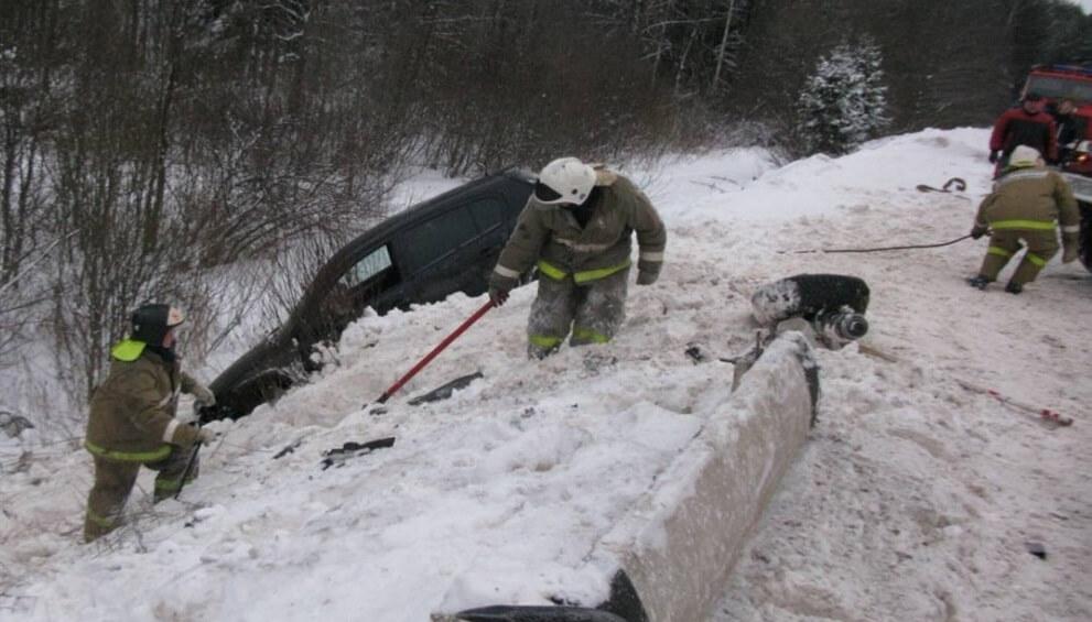 В Рамешковском районе автомобиль улетел в кювет