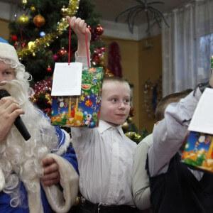 фото Волонтеры провели Рождественский праздник в Медновском интернате