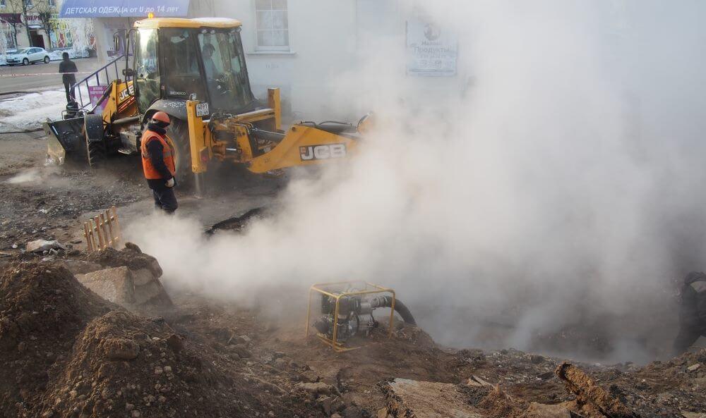 МЧС: Завершены работы по заполнению теплоносителем трубопровода в Московском районе Твери после аварии