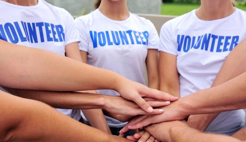 В Твери всех желающих обучат основам волонтерской и добровольческой деятельности