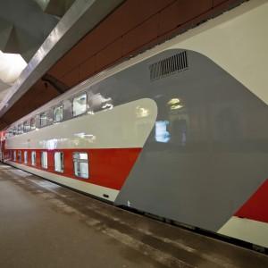 фото По маршруту Санкт-Петербург – Москва начал курсировать второй поезд, сформированный из двухэтажных вагонов