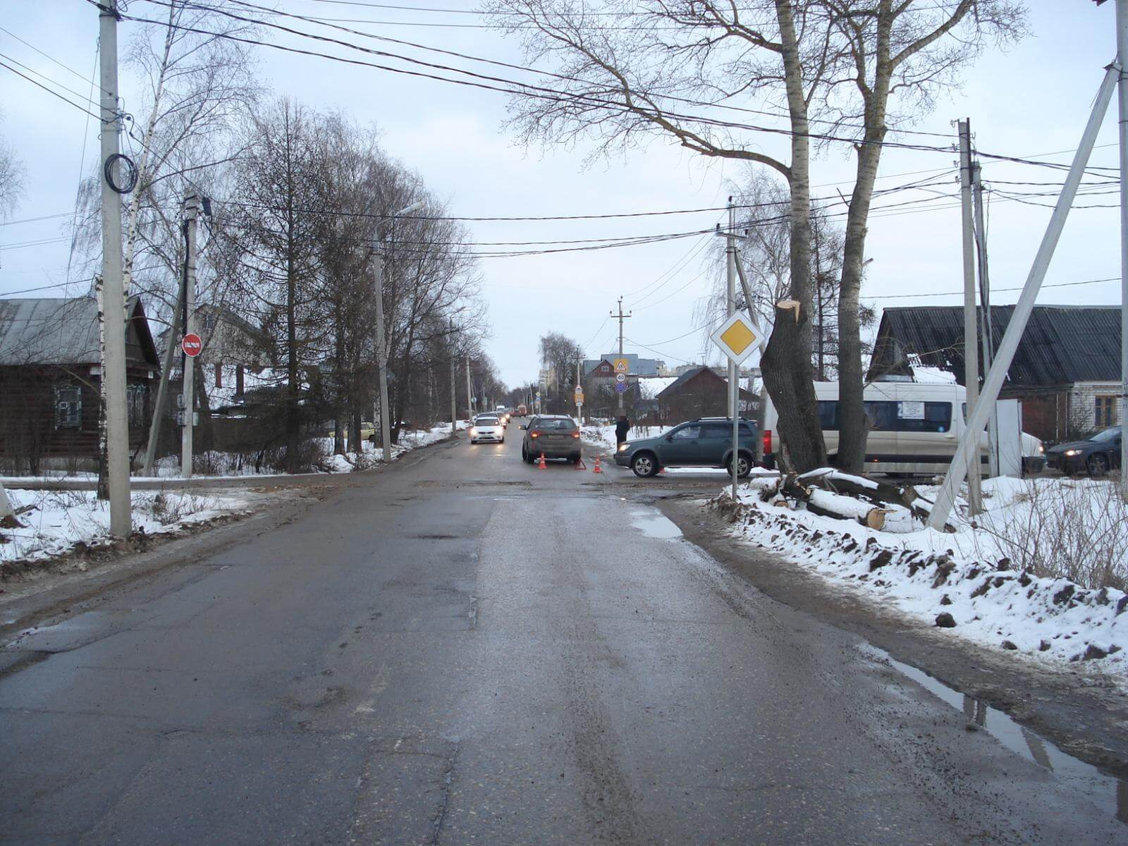 За 3 дня в 8 ДТП на дорогах Тверской области пострадали 10 человек