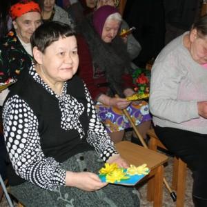 фото Волонтеры готовят праздник для жителей Жереховского дома-интерната в Лихославле