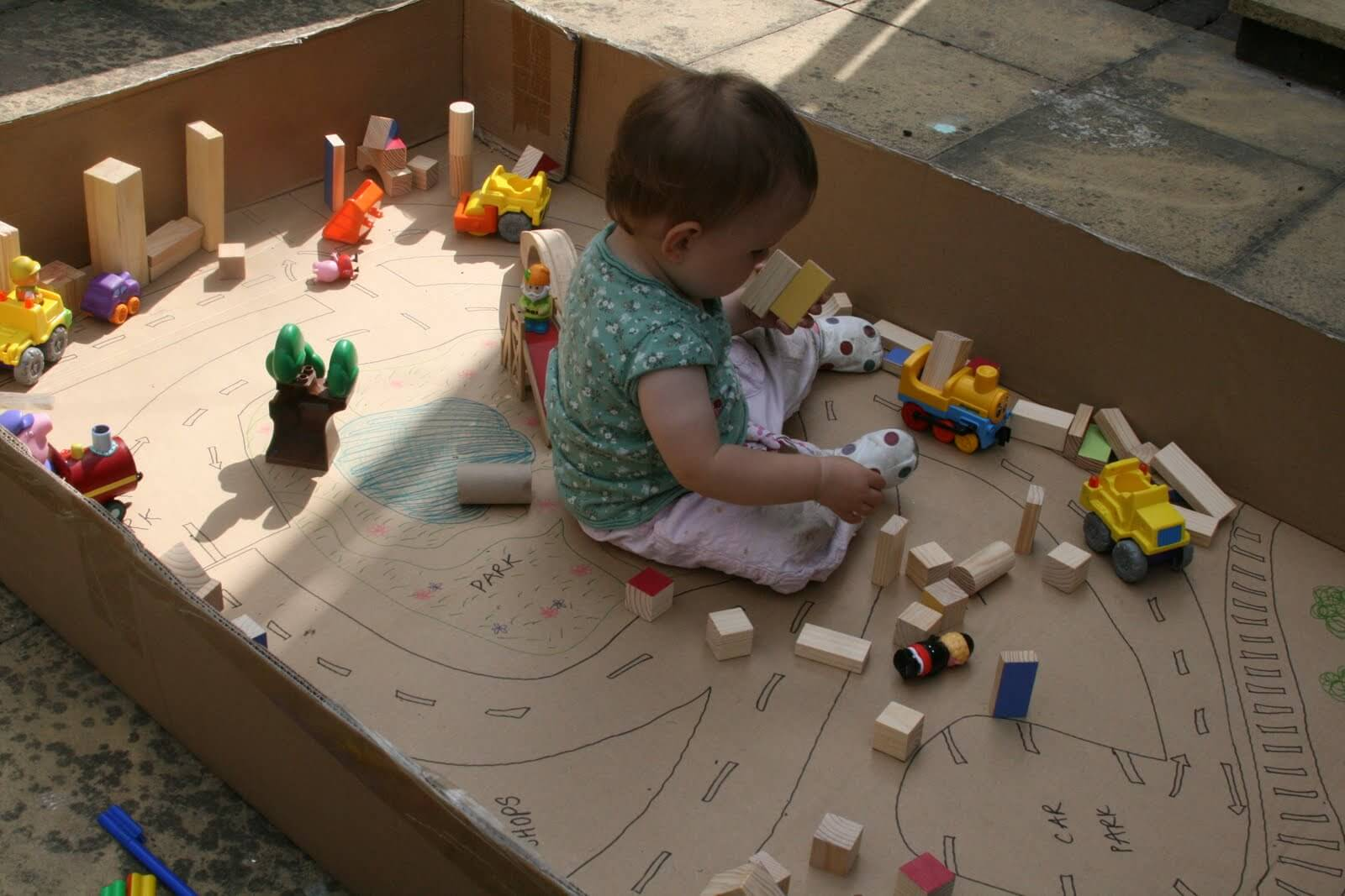 Как сделать игрушки своими руками из коробок