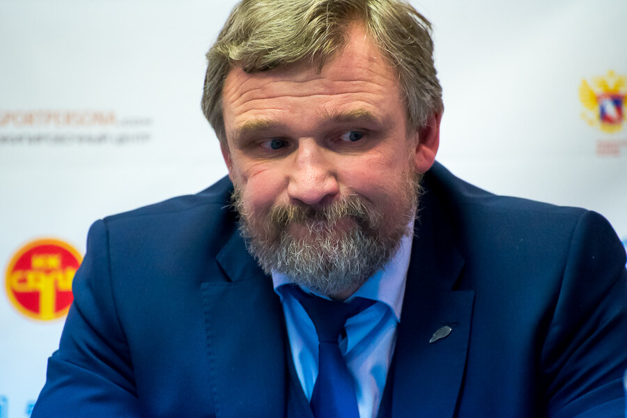 Алексей Ждахин покидает пост тренера ТХК
