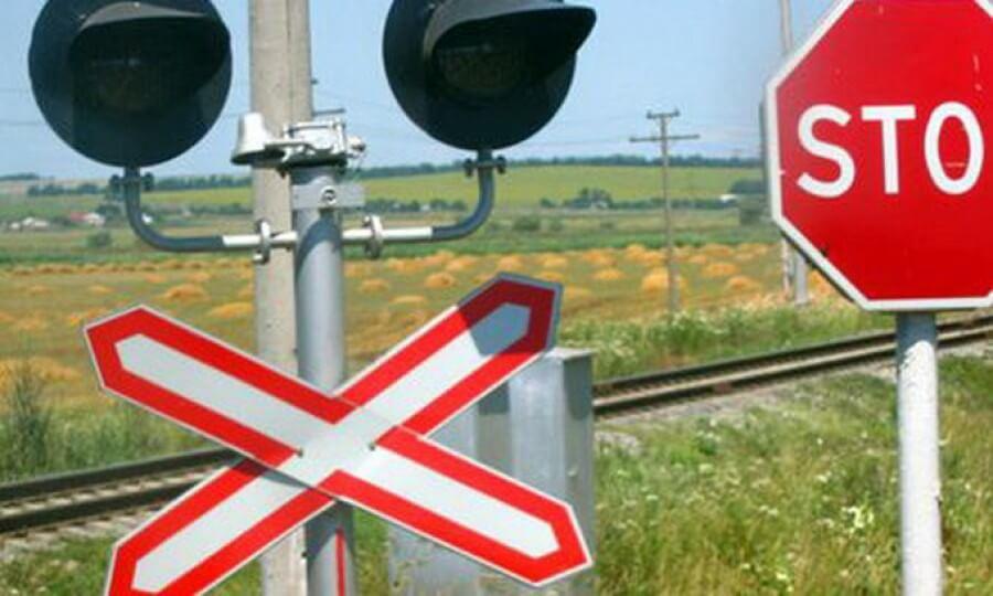 На переездах Октябрьской железной дороги с начала 2016 года зафиксировано 7 дорожно-транспортных происшествий