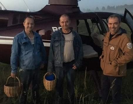 В Конаковском районе разыскали грибников, заблудившихся в лесу
