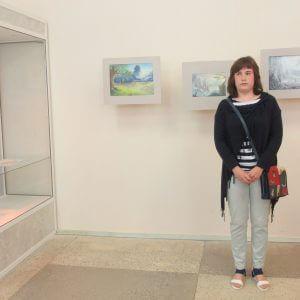 фото В Удомельском краеведческом музее открылась персональная выставка 17-летней Александры Турковской