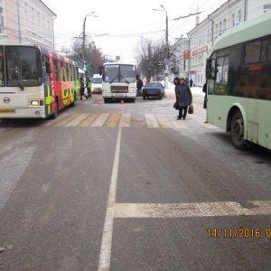 фото 14 ноября на территории Тверской области в 4 ДТП 1 человек погиб и 5 человек получили травмы